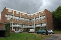 3 bedroom Maisonette in Gardner Close, London...