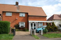 4 bed semi detached home to rent in Rayleigh Road...