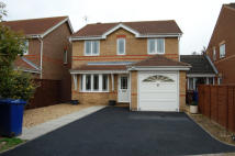 3 bedroom Detached property to rent in CHERRY TREE DRIVE...