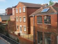 2 bed Apartment to rent in Gun Street, Reading, RG1