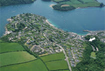 Ground Flat in Central St. Mawes, TR2