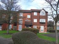 Apartment in Rabournmead Drive...