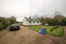 Detached Bungalow for sale in Southway, Langdon Hills...