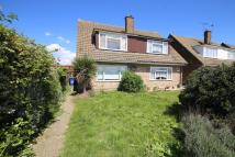 Chalet to rent in Corringham Road...