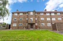 Flat for sale in Anstridge Road...