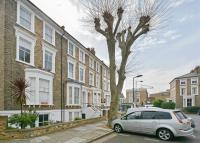 Lauriston Road Flat for sale
