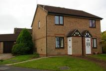 2 bedroom semi detached property to rent in Cranford Gardens...