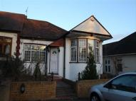 3 bed Semi-Detached Bungalow to rent in Tomswood Hill, Hainault