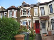 4 bed property to rent in Vicarage Road, Leyton...