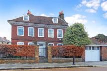 7 bedroom Detached property in Upper Butts, Brentford...