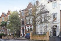 2 bed Flat in Harvard Road, Chiswick...