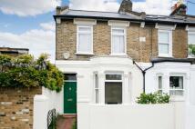 2 bedroom Terraced home to rent in Cunnington Street...