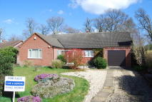 3 bed Detached Bungalow for sale in Colin Mclean Road...