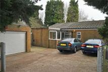3 bedroom Detached Bungalow in Warwick Crescent...