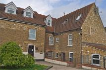 2 bed Flat for sale in Stratford Lane, RAINHAM...