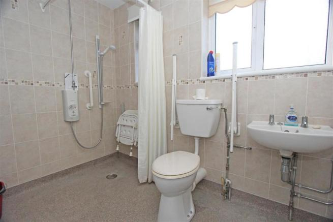 Sterling Road WetRoom.jpg