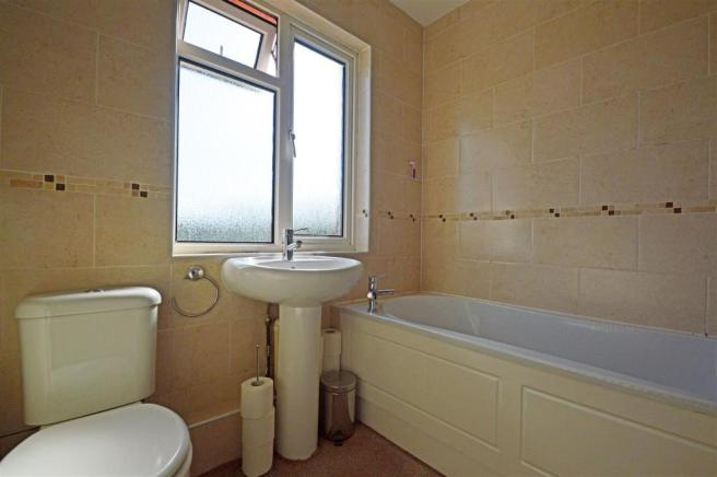 CanterburyRoadbY-Bathroom.jpg