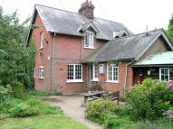 3 bedroom house to rent in Manor Cottages...