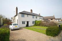 4 bed semi detached house in Back Road, Linton...