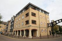 2 bed Flat in Evans Wharf...