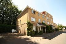 Flat to rent in Kingfisher Drive...