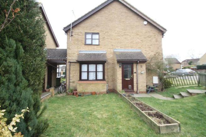 2 bedroom cluster house to rent in the pastures fields