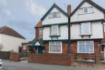 6 bed semi detached house in Cheriton Road...