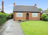 Detached Bungalow in Haseley Knob, Warwick