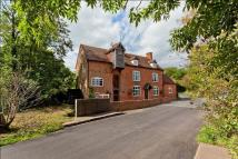 5 bedroom Barn Conversion to rent in Henwood Lane...