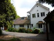 4 bedroom Detached property to rent in Lady Byron Lane, Knowle...