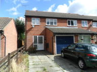 3 bed End of Terrace house for sale in SUNBURY CLOSE, Bordon...