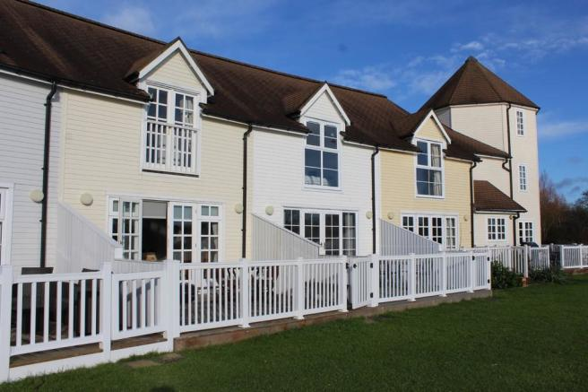 3 Bedroom Terraced House For Sale In 45 Windrush Lakes Cotswold