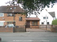 5 bed semi detached house for sale in St Georges Crescent...