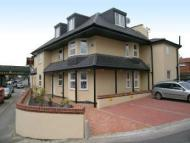 1 bed Flat to rent in Maybury Road, Woking...