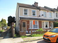 2 bed Cottage for sale in Wandle Bank, Beddington...