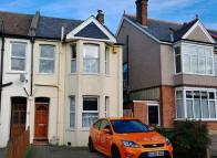 3 bedroom semi detached house for sale in Parkgate Road...