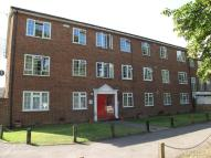 1 bed Flat to rent in BUCKLERS WAY, Carshalton...