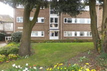 1 bedroom Flat for sale in Grovelands, Thorpe Road...