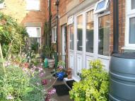 1 bed Studio flat to rent in Quantock Road...