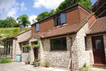 5 bed Detached property in Cowl Street...