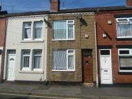 Terraced house to rent in Lindley Street...