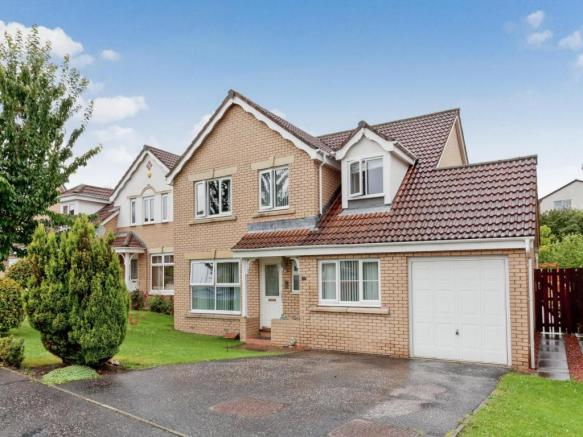 6 bedroom detached house for sale in innerleithen way perth ph1 ph1