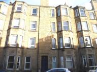 2 bedroom Flat in Shandon Place, Edinburgh...