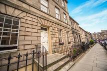 2 bed Flat in Grove Street, Edinburgh...