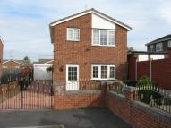 Detached house in Kingsway Close...