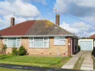 2 bed Semi-Detached Bungalow in Low Moor Avenue...