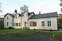 4 bedroom Detached home in 5 Sparkford Road...