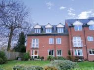 2 bed Flat in Abraham Court Lutton...