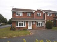 Detached house in Raglan Avenue, Perton...