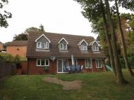 4 bed Detached property in Farnley Grove, Luton, LU2